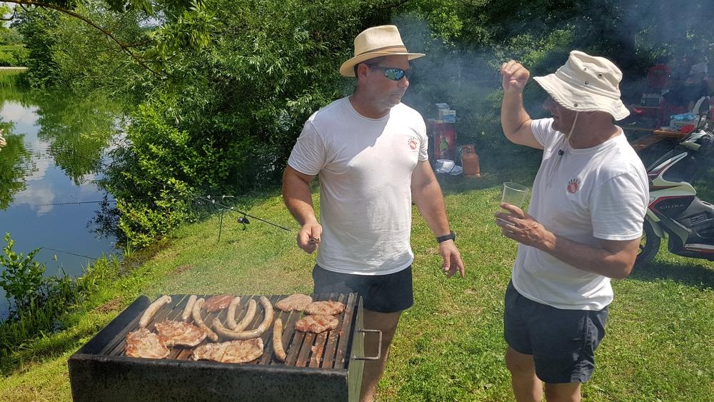 Roman i Šiljo, siguran sam kako kontempliraju o roštiljanju